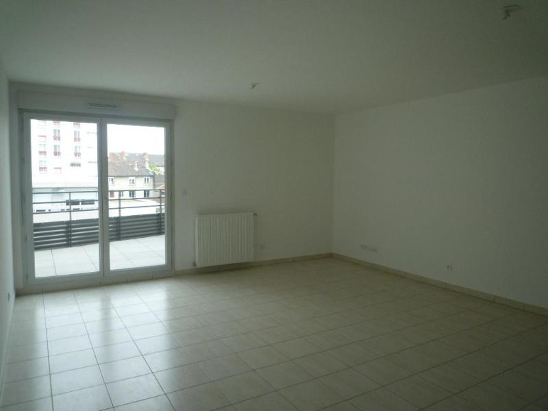 Rental apartment Saint fons 799€ CC - Picture 4