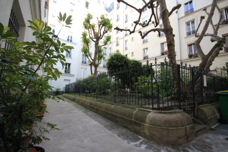 Sale apartment Paris 18ème 507 000€ - Picture 1
