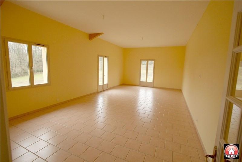 Location maison / villa Montagnac la crempse 750€ CC - Photo 3