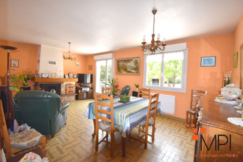 Sale house / villa Breteil 179 350€ - Picture 4