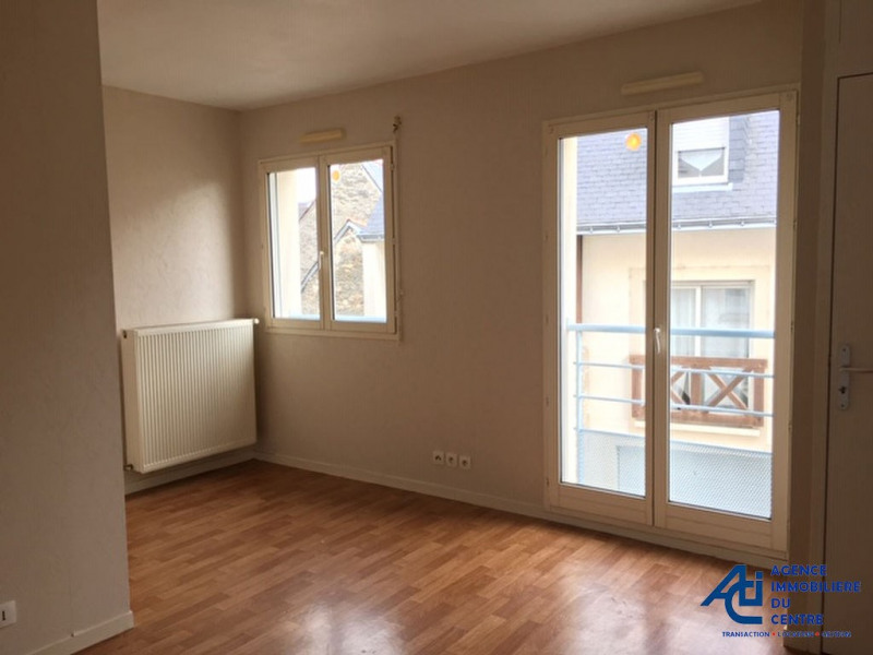 Rental apartment Pontivy 355€ CC - Picture 2
