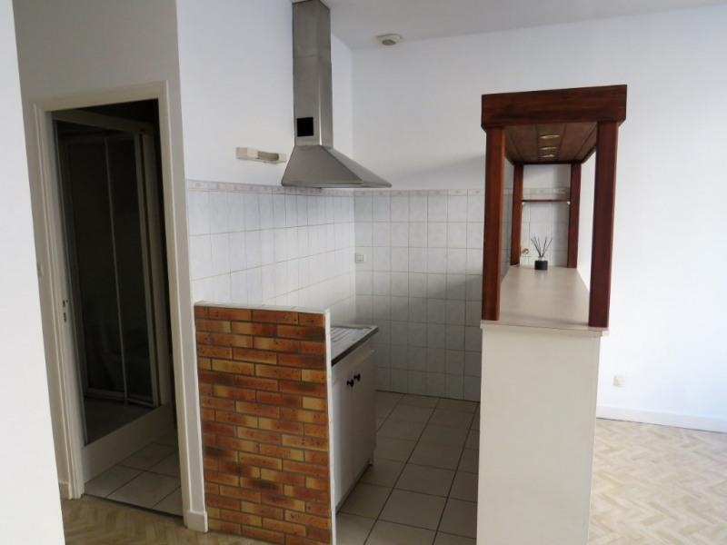 Location appartement Cosse le vivien 270€ CC - Photo 3