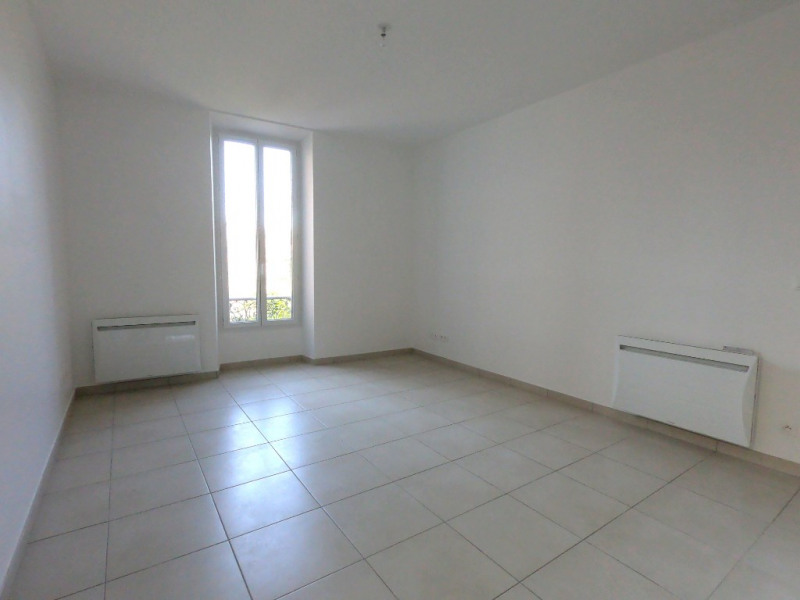 Location appartement Gardanne 850€ CC - Photo 10