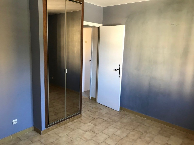 Rental apartment La valette-du-var 650€ CC - Picture 6