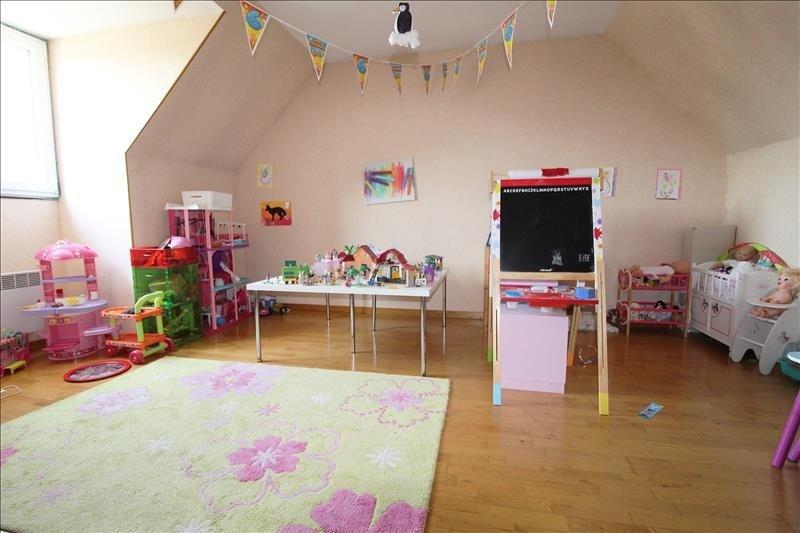 Sale house / villa Elancourt 419999€ - Picture 6
