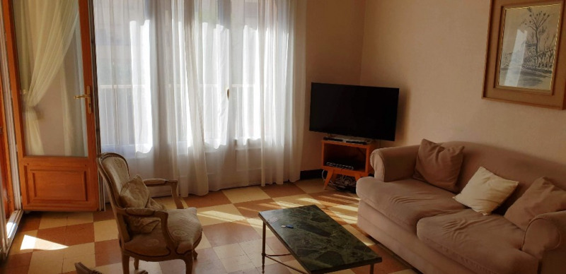 Sale apartment Toulon 131000€ - Picture 2