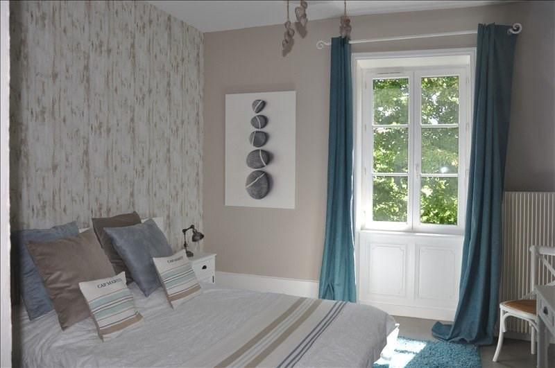 Deluxe sale house / villa Liergues 690000€ - Picture 12