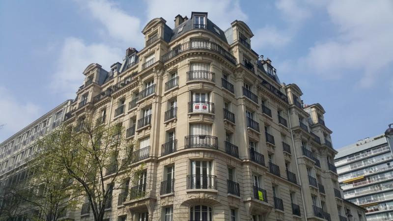 Verhuren  appartement Paris 15ème 1657€ CC - Foto 1