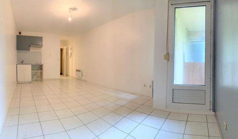 Location appartement Méry-sur-oise 510€ CC - Photo 2