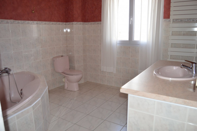 Vente maison / villa St jeure d'ay 255000€ - Photo 15