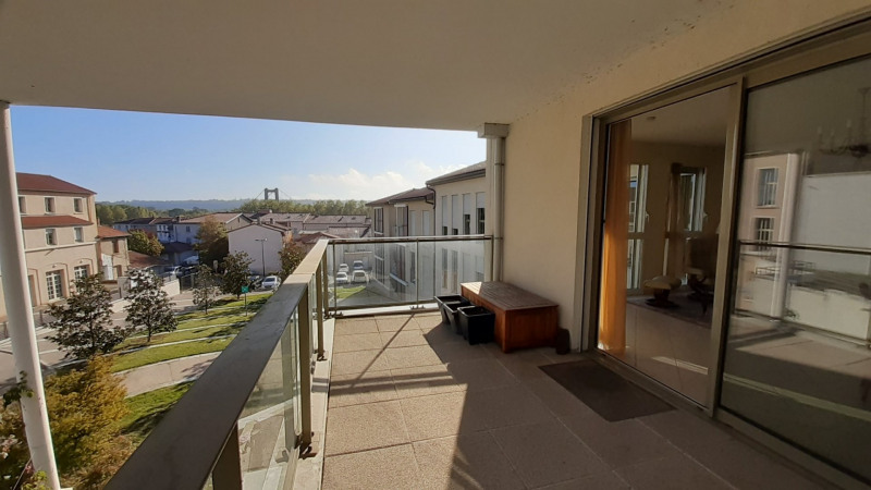 Vente appartement Vernaison 378 000€ - Photo 1