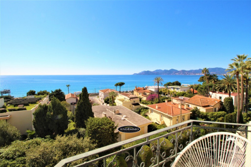 Deluxe sale apartment Cannes 1 685 000€ - Picture 2