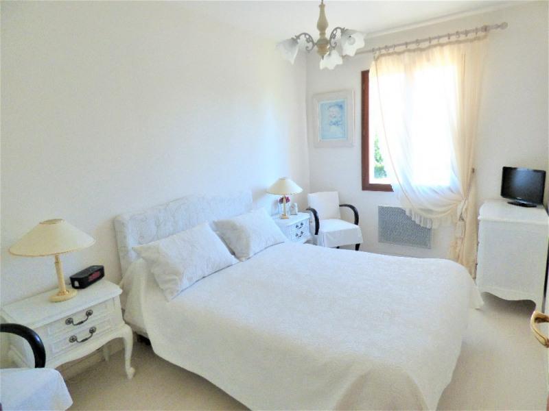 Sale house / villa Saint loubes 324500€ - Picture 4
