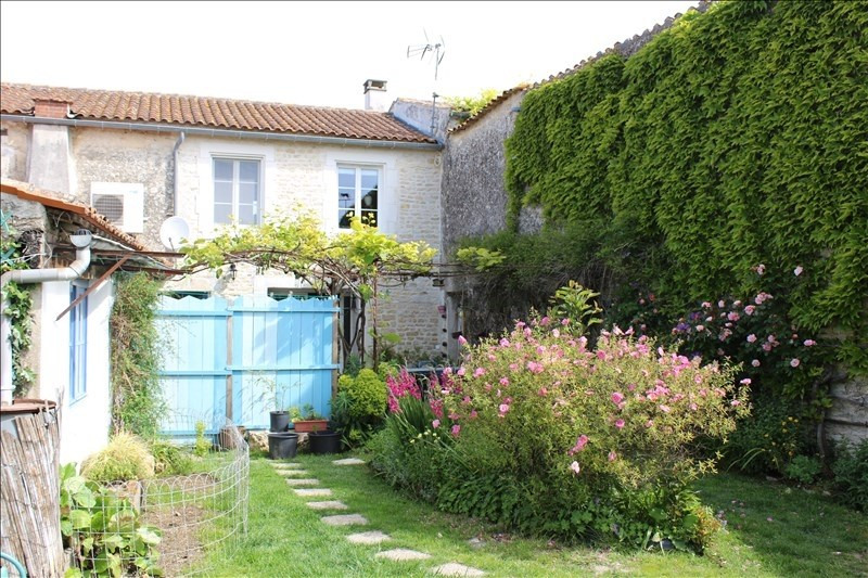 Vente maison / villa Thaire 305 370€ - Photo 1