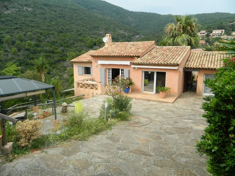 Deluxe sale house / villa Rayol canadel sur mer 960000€ - Picture 1