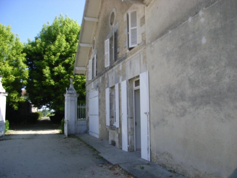 Sale house / villa Barbezieux-saint-hilaire 250000€ - Picture 3