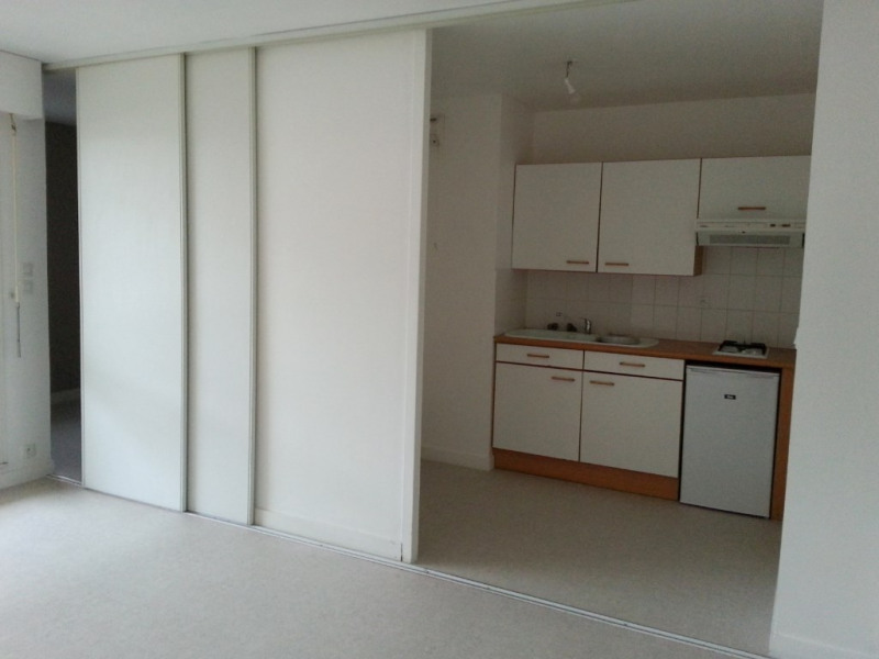 Location appartement La rochelle 550€ CC - Photo 1
