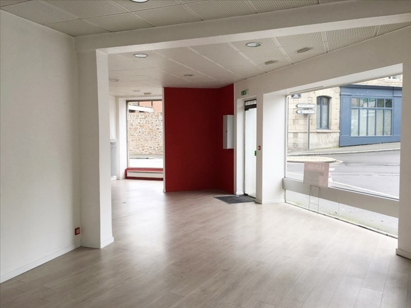 Location local commercial Fougeres 650€ HT/HC - Photo 2