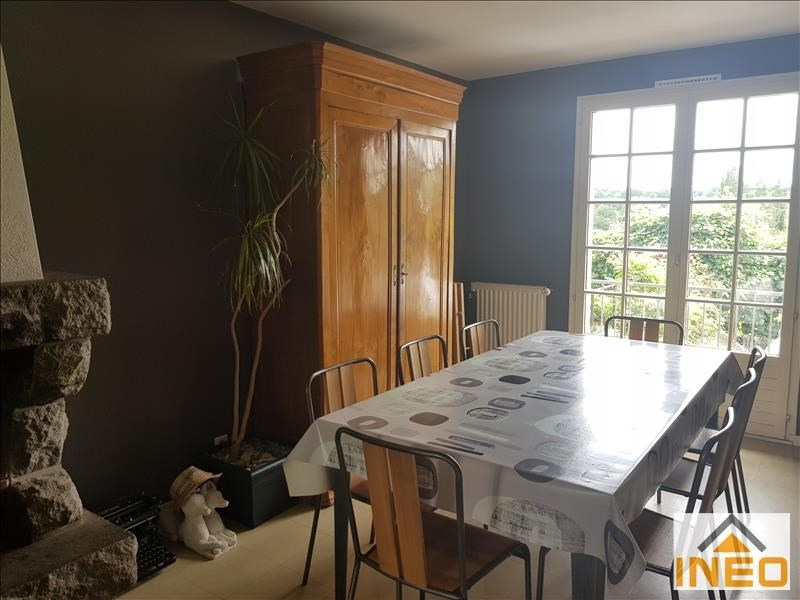 Location maison / villa Vignoc 880€ CC - Photo 3