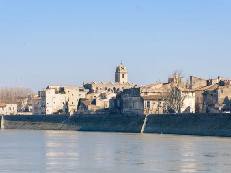 Sale miscellaneous Arles 415000€ - Picture 1