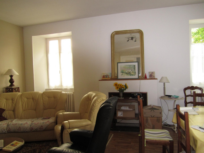 Sale house / villa Barbezieux saint hilaire 210 080€ - Picture 2