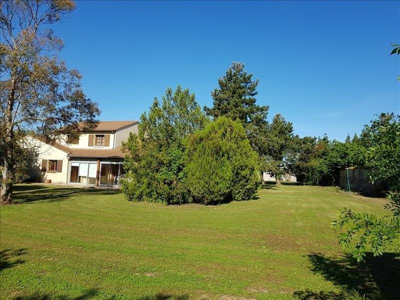 Verkoop  huis Thaire 410280€ - Foto 1