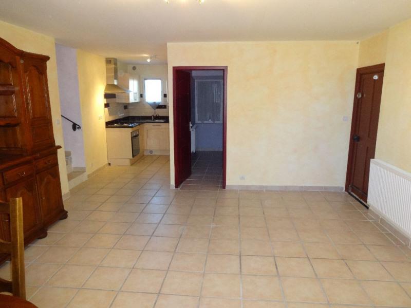 Location appartement Althen des paluds 680€ CC - Photo 1