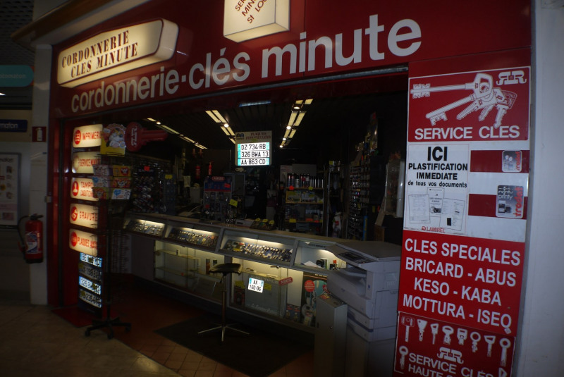 Vente fonds de commerce boutique Marseille 10ème 170 000€ - Photo 2