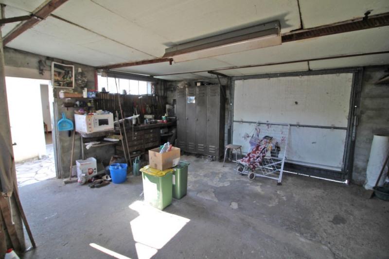 Sale house / villa La chartre sur le loir 72475€ - Picture 4