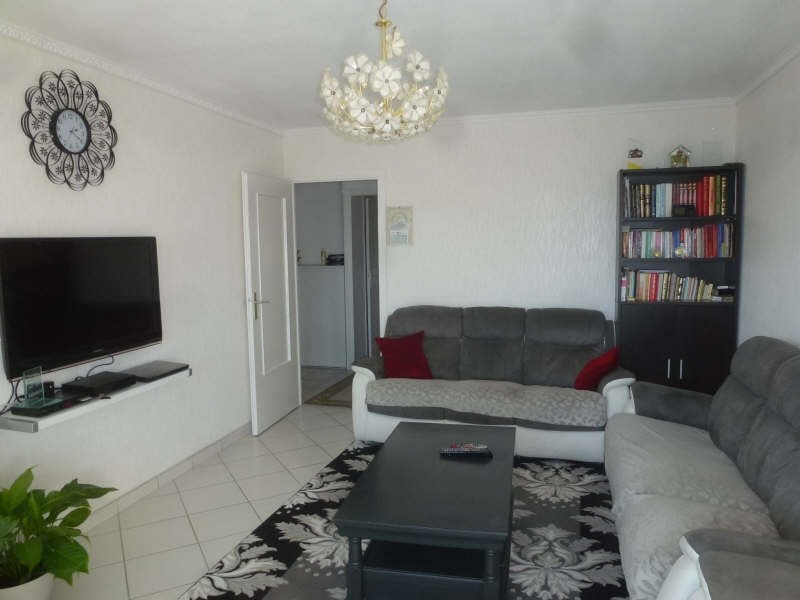 Sale apartment Chambery 147 000€ - Picture 2