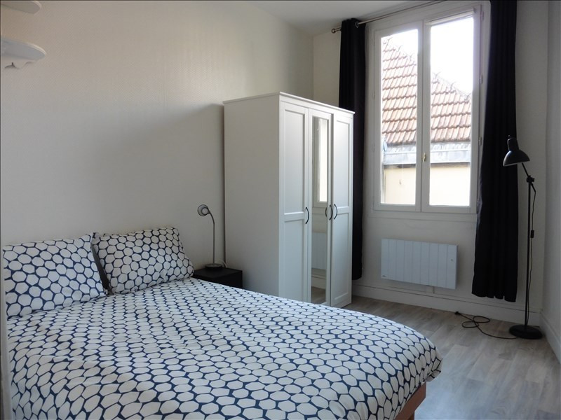 Rental apartment St germain en laye 980€ CC - Picture 5