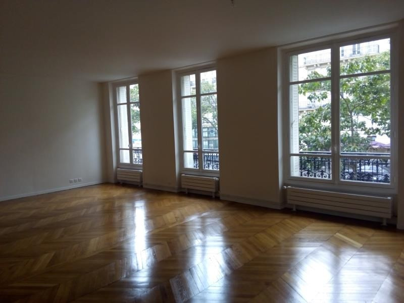 Rental apartment Paris 17ème 4 601€ CC - Picture 3