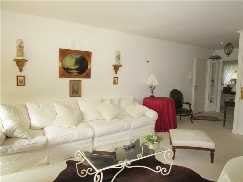 Sale apartment Versailles 594 000€ - Picture 5