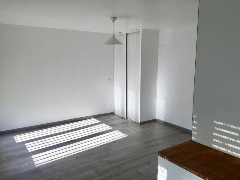 Rental apartment Claye souilly 570€ CC - Picture 3