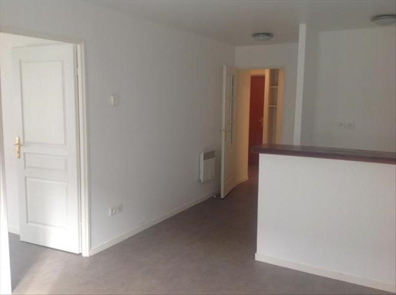 Rental apartment Bethune 470€ CC - Picture 2