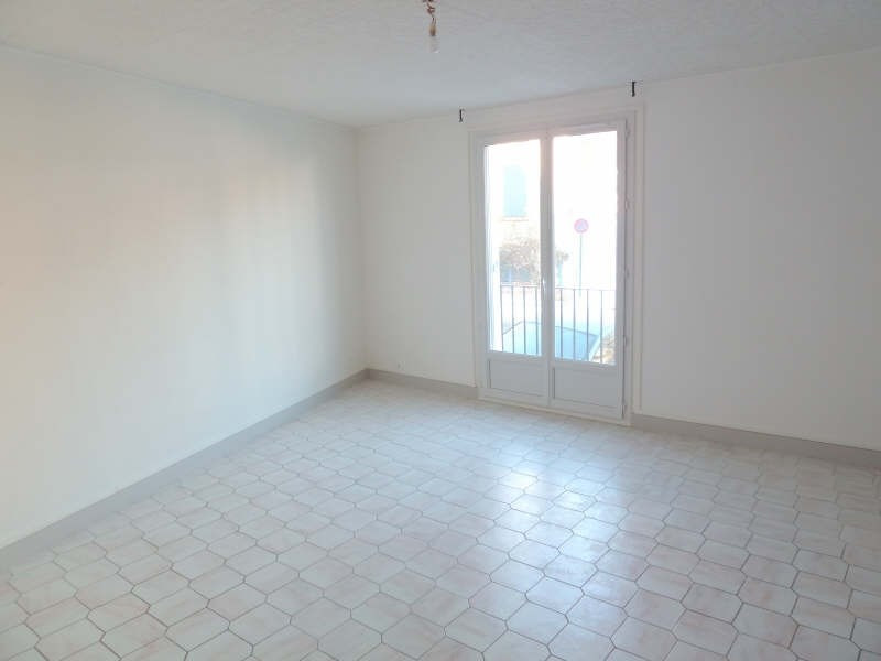 Rental apartment Andresy 799€ CC - Picture 2