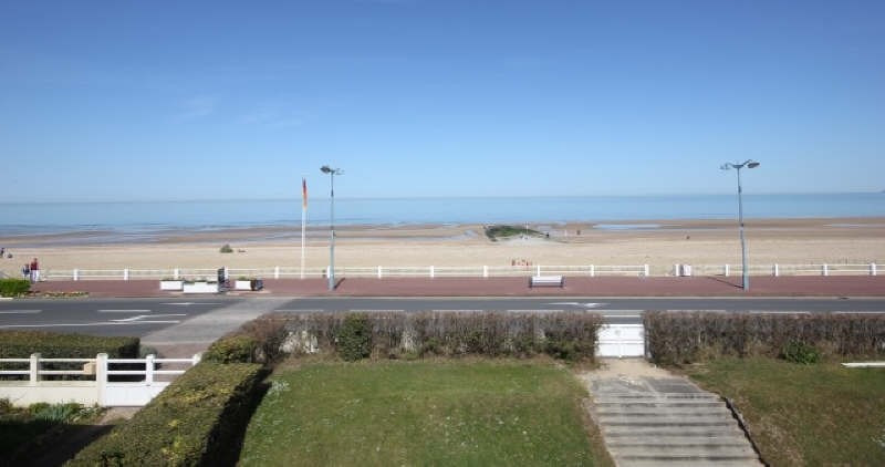 Deluxe sale apartment Villers sur mer 349 000€ - Picture 10