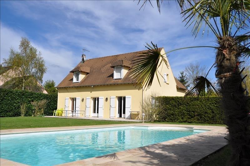 Sale house / villa St nom la breteche 844600€ - Picture 1