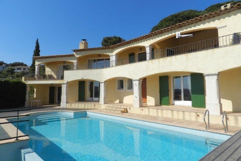Deluxe sale house / villa Le lavandou 1299000€ - Picture 2