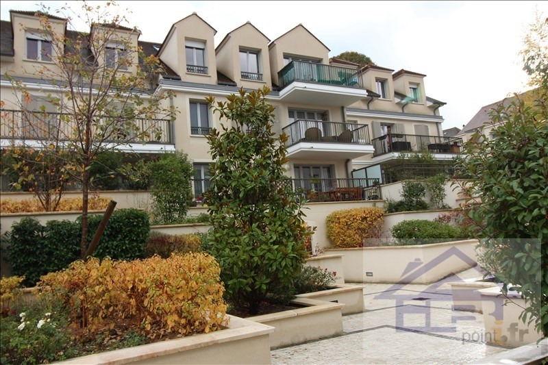 Sale apartment Mareil marly 580820€ - Picture 1