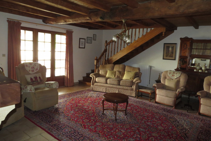Sale house / villa St georges des agouts 275 000€ - Picture 6
