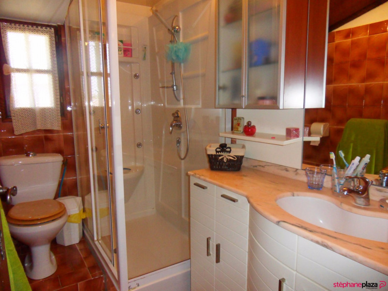 Vente maison / villa Morieres les avignon 380000€ - Photo 12