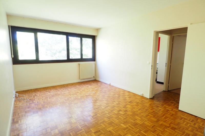 Sale apartment Vaux le penil 134 000€ - Picture 2