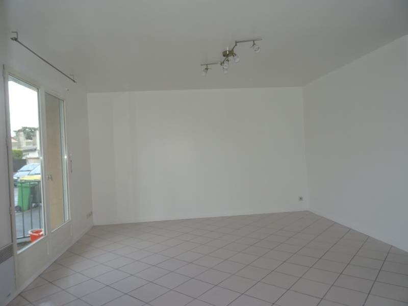 Rental apartment Conflans ste honorine 760€ CC - Picture 2