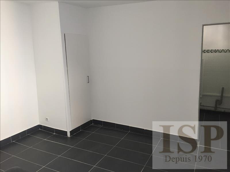 Location appartement Aix en provence 750€ CC - Photo 4