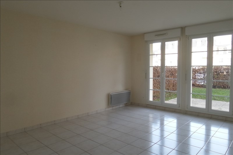 Location appartement Falaise 445€ CC - Photo 1