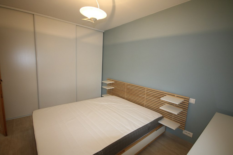 Rental apartment Meyrargues 750€ CC - Picture 5