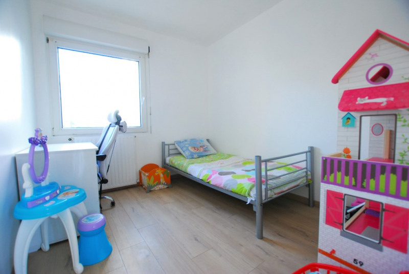 Investment property house / villa Bezons 445000€ - Picture 9