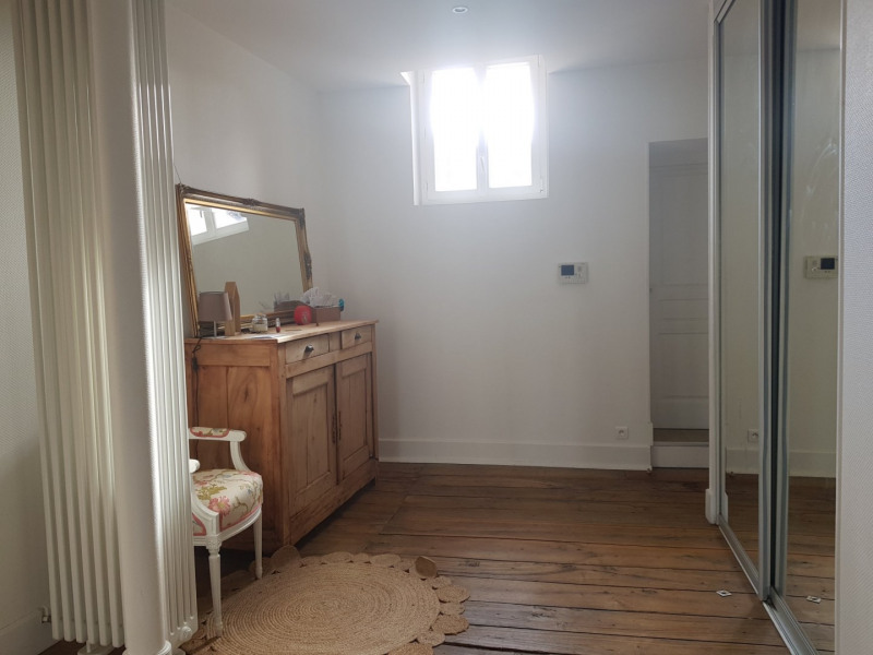 Location appartement Agen 1 200€ CC - Photo 2