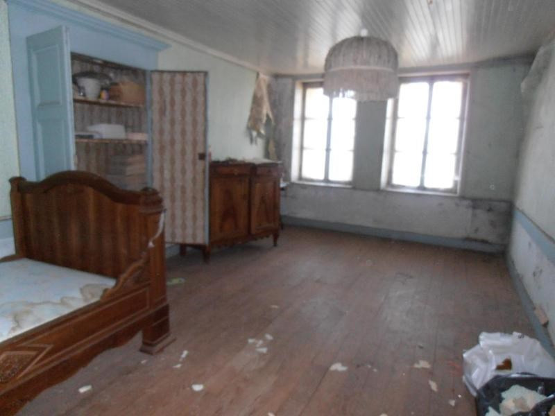 Vente maison / villa Izernore 99000€ - Photo 2
